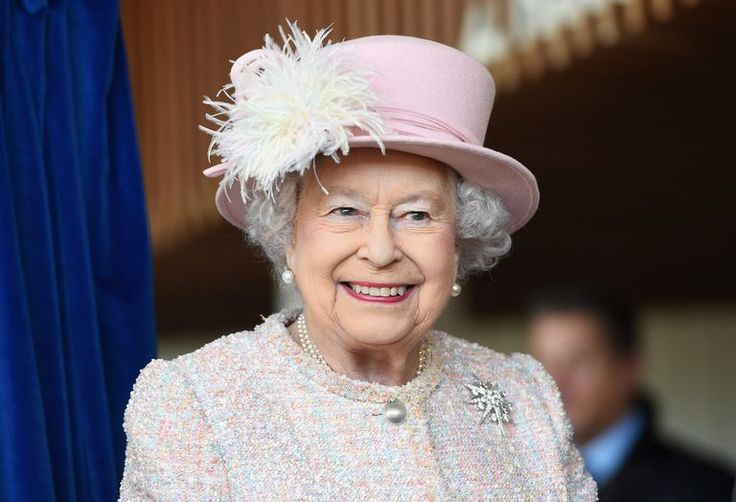 Harpers BAZAAR.com She learned it from her mother. After 66 years on the job, Queen Elizabeth is a seasoned professional as monarch and head of state—but she wasn't always so confident in her role within the royal family