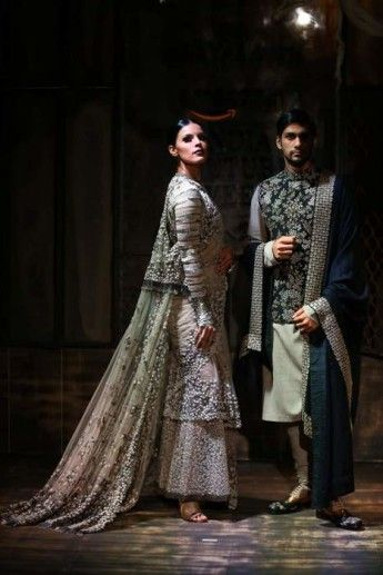 33-sabyasachi-couture-week-2015-amazon-india-bater-032