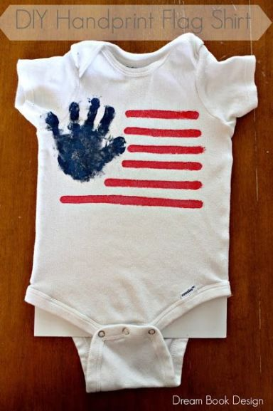DIY 4th Of July Flag Shirt. So fun to use your kids handprint to create this American Flag for the Holiday! on dreambookdesign.com