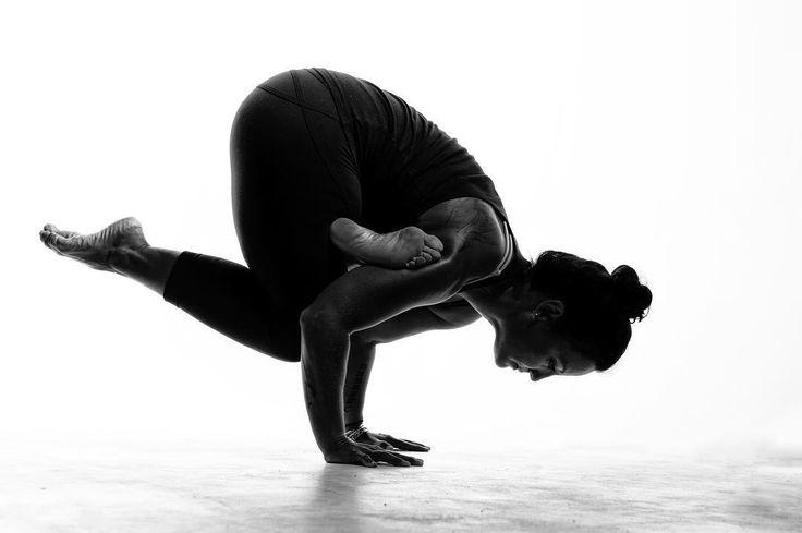 "How do you define ""strength""? How do you define ""balance""? @santosha_yoga_barbados . . . #nwpeditorial #nwpcaribbean #editorialphotography  #portraiture #postthepeople #portraits_universe #featurepalette #nwppeople #blackandwhite #monochrome #balance #yoga #yogi #barbadosphotographers"