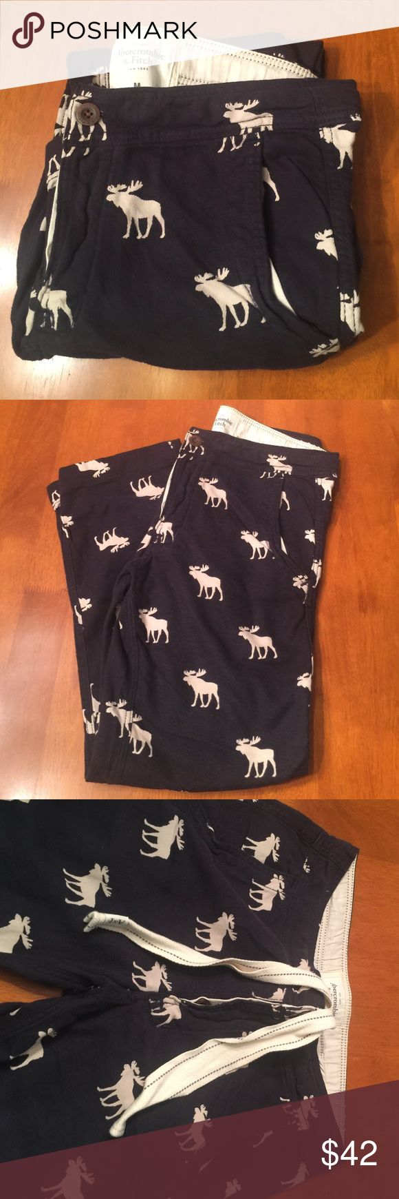 Abercrombie RARE Moose Lounge Pants Medium NWOT Abercrombie vintage men's lounge pants.  Discontinued and hard to find. Size is medium. NWOT.  Very cool 😎 looking sleep pants. Abercrombie & Fitch Other
