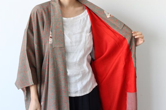 Kimono 着物 ---------- This is vintage Japanese Kimono. (long Kimono) It is simple but unique pattern. And this silk is really soft. It would