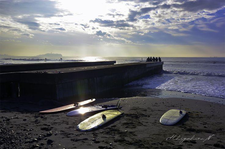 休日の茅ケ崎。 突堤にて
