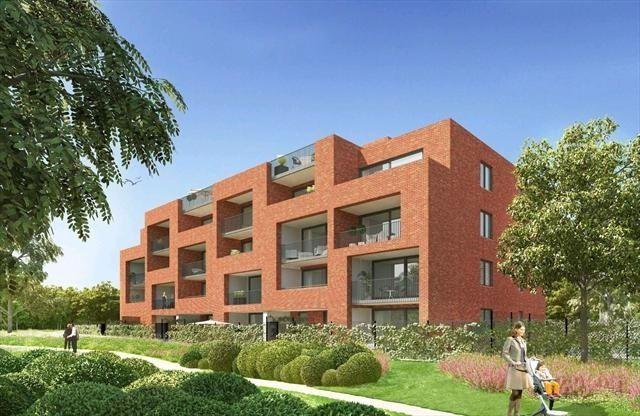 Appartement te koop in Gentbrugge - 3 slaapkamers - 124m² - 265 000 € - Logic-immo.be - Appartement A0 is gelegen in de Residentie Park View. Dit 3-slaapkamerappartement bevindt zich op het gelijkvloers met een bewoonbare oppervlakte van 124m² en een goed georiënteerd terras van 32m². De...