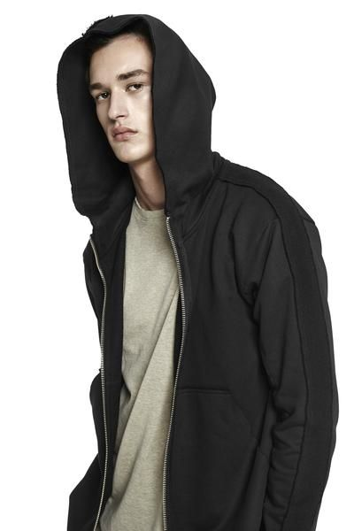 Panel Hooded Sweatshirt / Black 225€