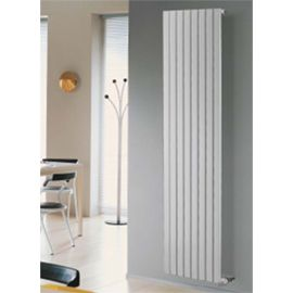 les 25 meilleures id es de la cat gorie radiateur acier sur pinterest metal design radiateur. Black Bedroom Furniture Sets. Home Design Ideas