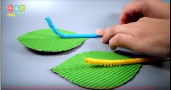 Turn your drinking straw into a moving caterpillar. Use different colors and make some leaves too to make this DIY craft even more awesome.