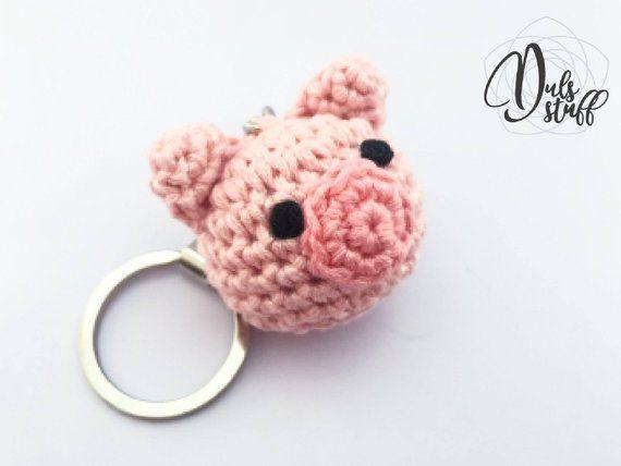 Pig crochet keychain, crochet pig, pig amigurumi, crochet, bag charm, pig, cute keychain, gift for her, pig gift, amigurumi keychain