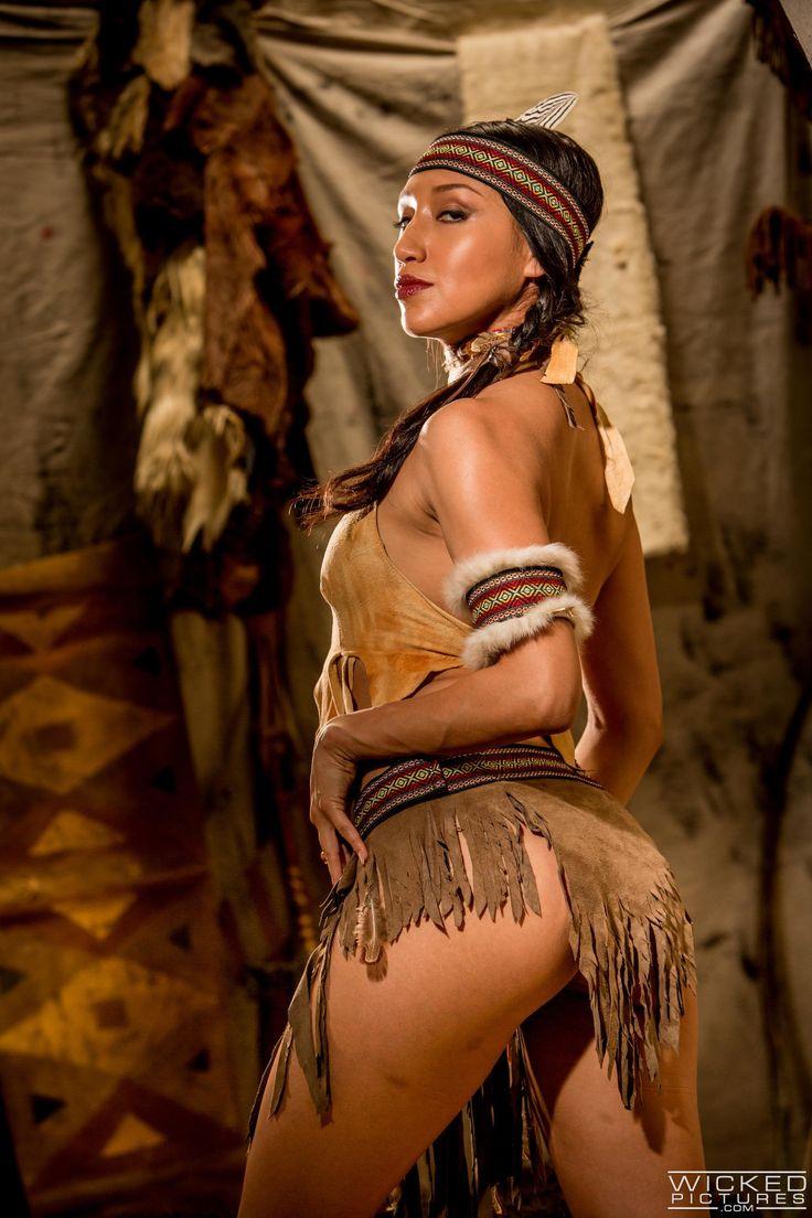 Nude sexy ebony black booty