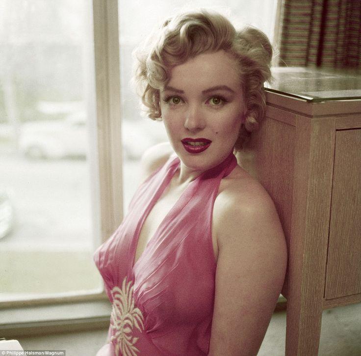 Marilyn By Magnum: Photos, Marilyn Monroe, Philippe Halsman, Marilynmonroe, Standard Jeane, Pink, Marylin Monroe, Beauty