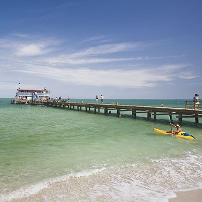 "Insider's Guide to Anna Maria Island | The motto of Florida's Anna Maria Island says it all: ""Welcome to paradise without an attitude."