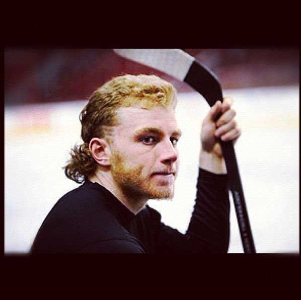 23 best nhgel images on pinterest ice hockey hockey for Patrick kane mullet shirt