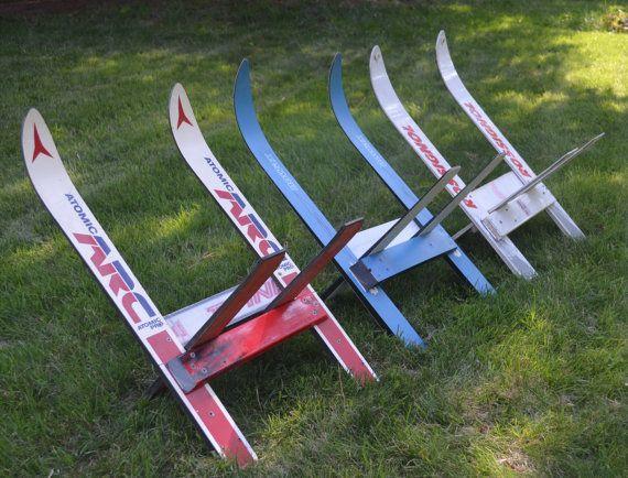 kindLine un porte de journal upcycled skis bois fait de par upCyD