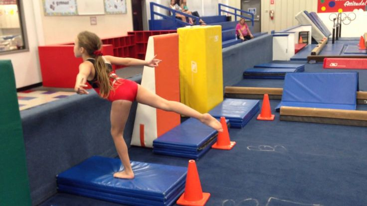 Beginner leaps Cincinnati gymnastics