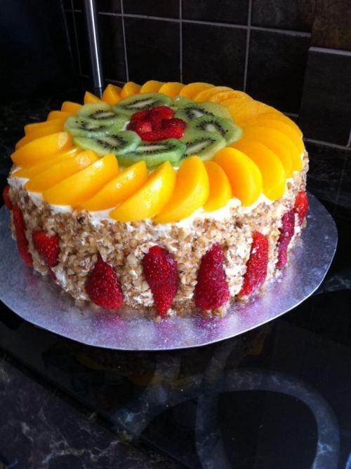 Fresh Cream and Fruit Asian Sponge cake