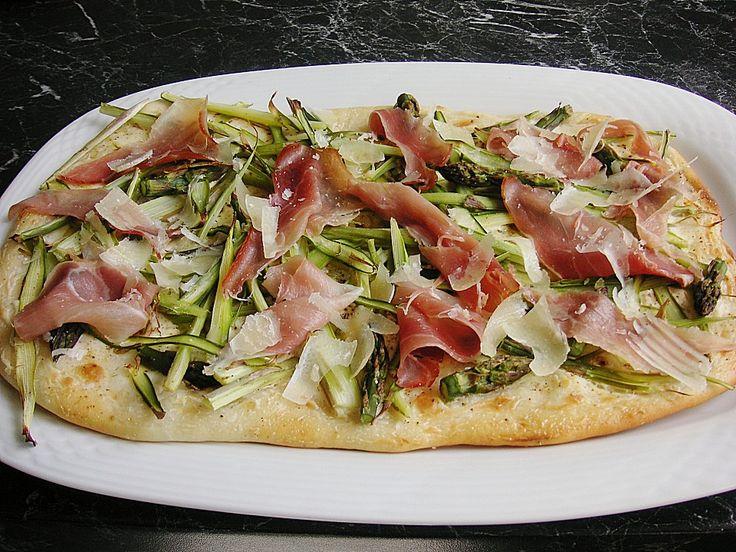 Chefkoch.de Rezept: Spargelflammkuchen mit Serrano-Schinken