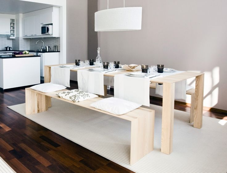 Wooden dining table - Solid Furniture