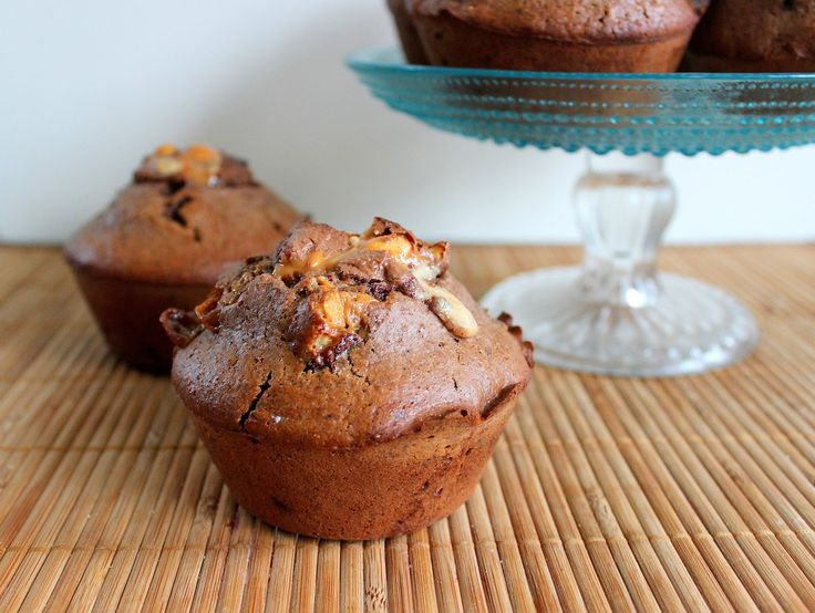 PicNic: Snickers Muffins