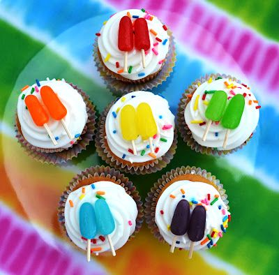 Sweetology: Mini Popsicle Mini Cupcakes - idea from Party Pinching