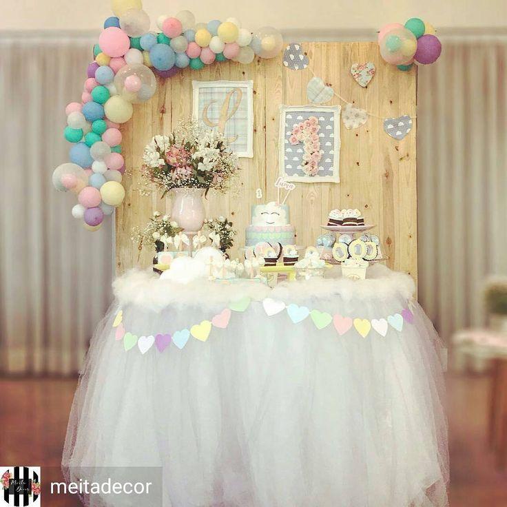 Está chovendo amor!!! Quanta graciosidade!!! Por @meitadecor  #chuvadeamor #festachuvadeamor #loverainparty #festainfantil #festademenina #kidsparties #partydecor #festaspersonalizadas #festacriativa #festalinda #festasinfantis #festa1ano #fiestasinfantiles #festamenina #maedemenina