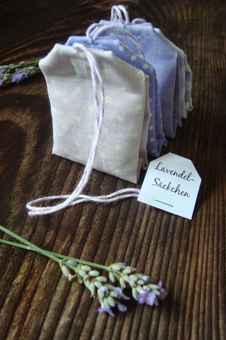 Cute Aus dem geernteten und nun getrockneten Lavendel sind diese kleinen Lavendels ckchen mal anders als Teebeutel