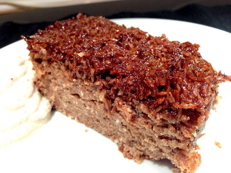 Protein chokolade-drømmekage. Spis den med kokosflødeskum til. Byt evt smør ud med skyr 0,2% dobbelt så meget. Brug bageform 18 cm diameter.