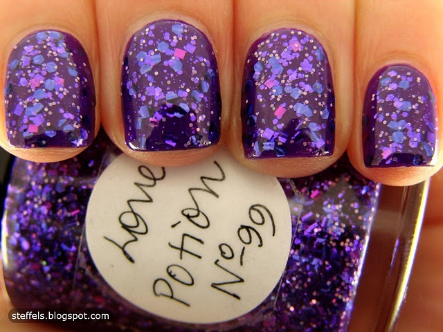 I want thisNails Art, Fingernail Art, Metals Nails Polish, Favorite Colors, Purple Nailtrends, Fancy Art, Purple Sparkle, Amazing Nails, Bout Time