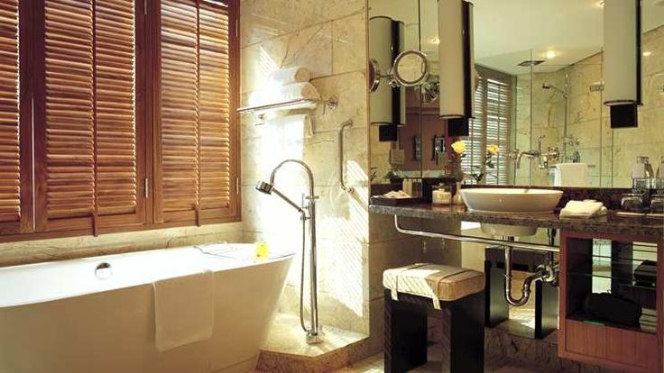 The bath at the Conrad Bangkok was awesome...