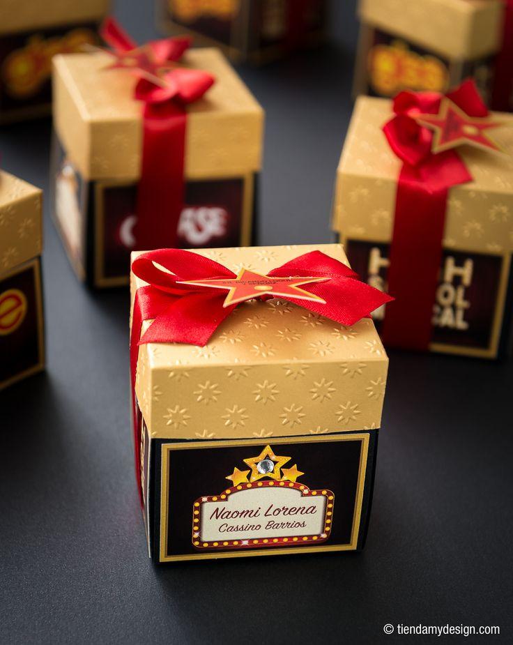 Invitaciones con tema de series de televisión Glee y High School Musical -  http://tiendamydesign.com/productos/invitaciones-tarjetas-quinceanos-glee-high-school-musical-panama