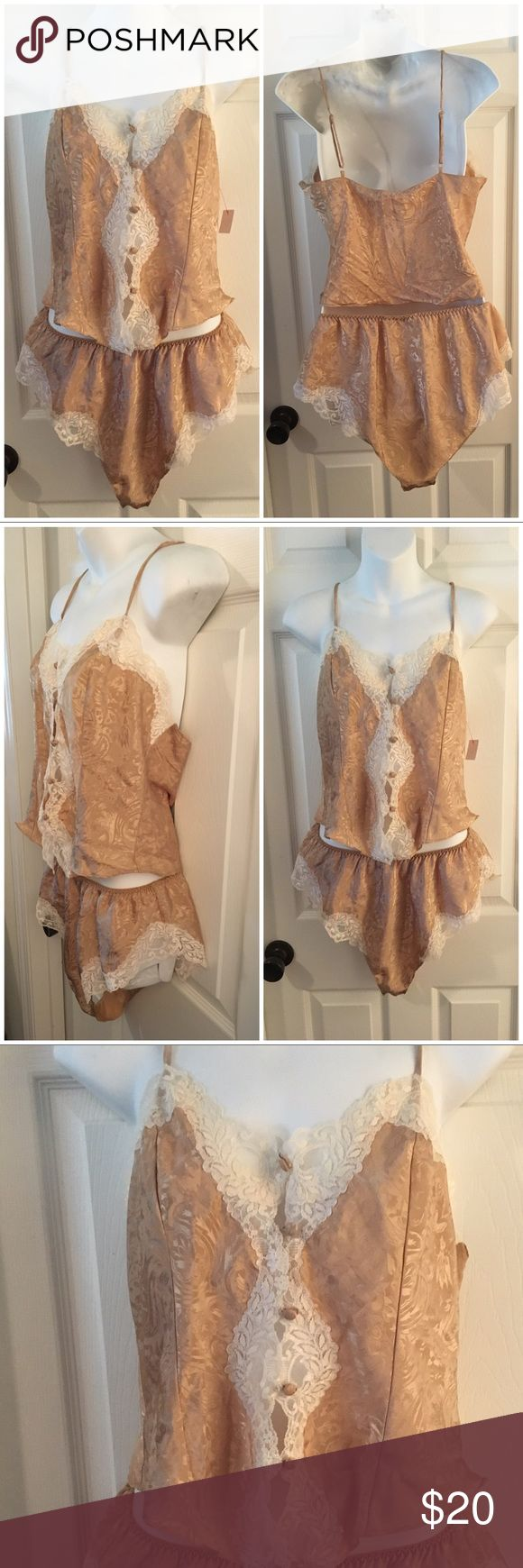 Delicates Gold Cami & Tap Pants Satin PJ Set Sz M Delicates brand Satin pj set consisting of a button-up Cami and high-waisted French cut tap pants. Gold with off-white Lace trim. Size Medium. Excellent condition with no flaws to note. Delicates Intimates & Sleepwear Pajamas