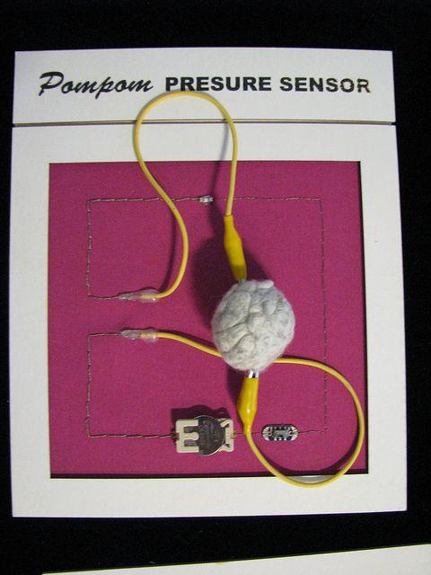 Pompom Pressure Sensor