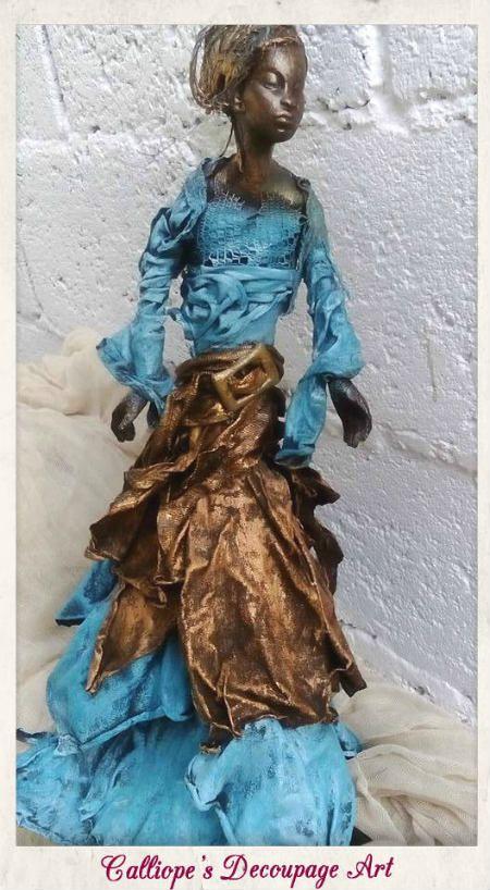Χειροποίητο αγαλματίδιο σε μορφή αφρικάνικης γυναικείας φιγούρας,διακοσμημένο με υλικά Powertex | Calliope's Decoupage Art