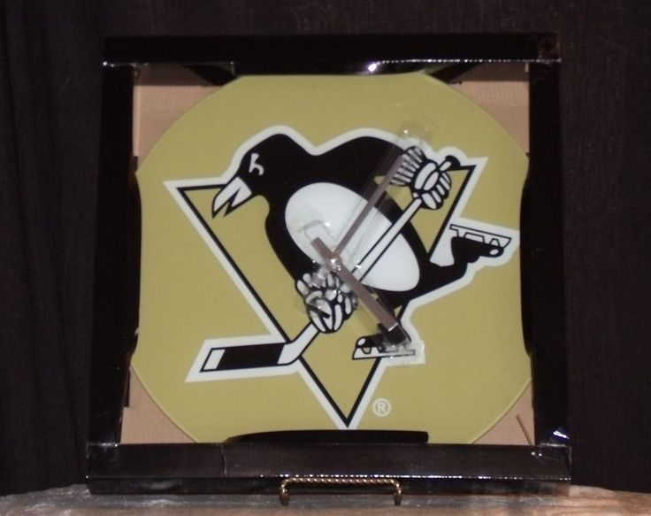 "Pittsburgh PENGUINS 14"" Round Glass Clock Keep Time W Official NHL Penguin Clock #PittsburghPenguins"