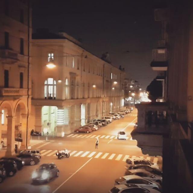 #Bologna #italy #night #bestpointofview #photography #speedmotion #friends #samsung #luts #colour  #photographer #grading #photo #fotografia #foto  #filmmaking #film #shootingday #shooting #filmmaker #naturaleza #nubes #sunset #atardecerhappy #illustration