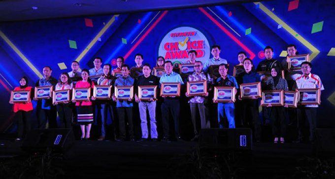 NGK Busi Raih Penghargaan OTOMOTIF Choice Award 2016