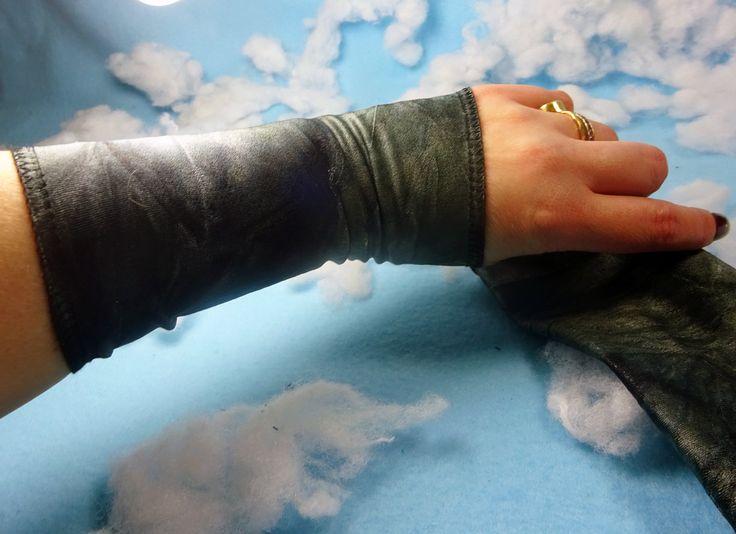 Grey Tie Dye wrist cuff, Tie dye wrist cuff, tie dye victorian glove, boho bracelet, stretch fabric bracelet, wrist tattoo cover, boho cuff by omeforever on Etsy