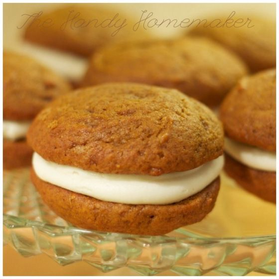 Pumpkin whoopie pies with Cream cheese icing! so good.. so good! www.thehandyhomemaker.com