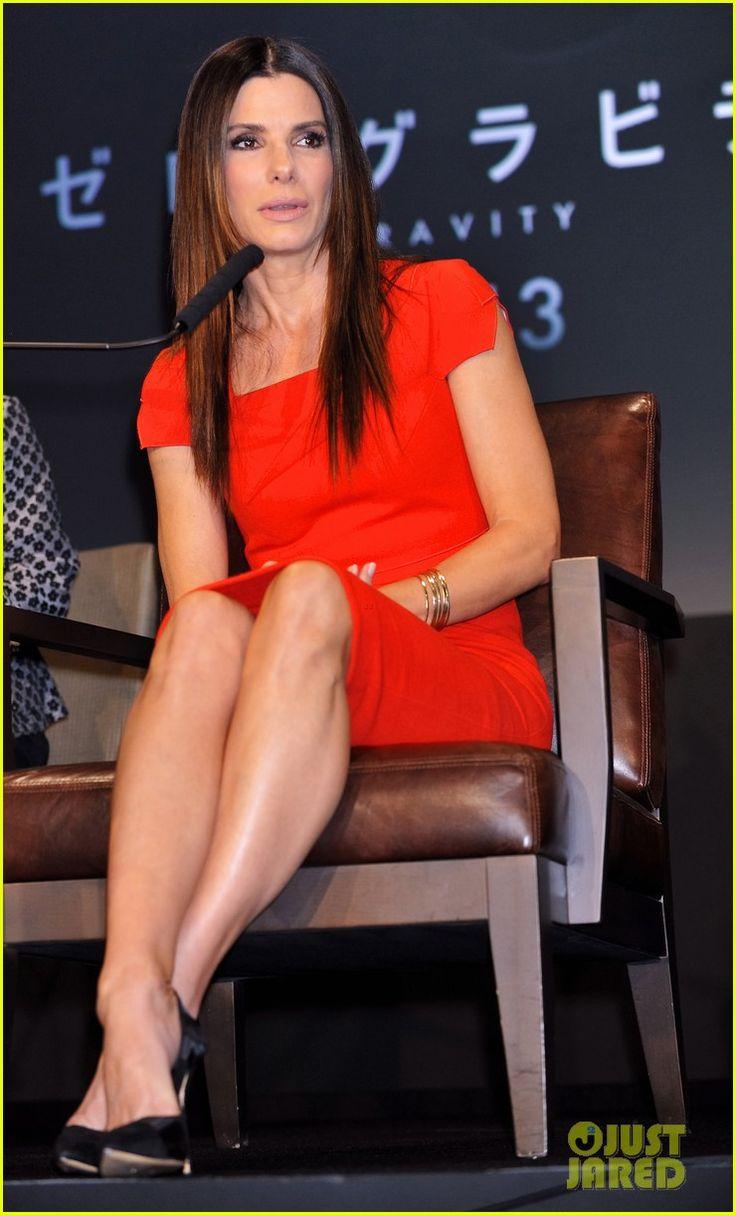 Sandra Bullock Asked on a Date by Chord Overstreet! | sandra bullock gravity tokyo press conference 02 - Photo