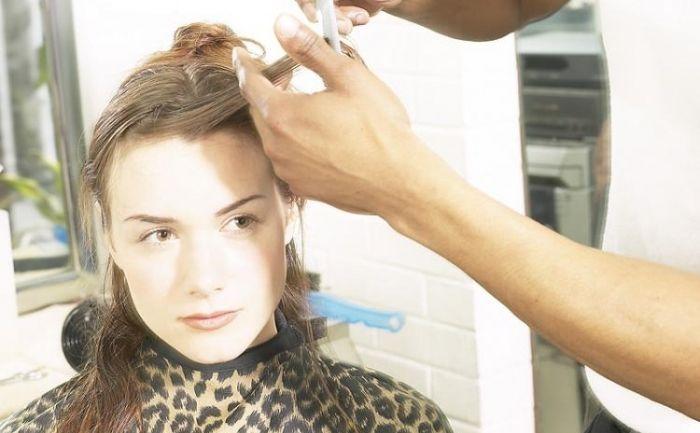 Tratamente naturiste pentru tratarea şi prevenirea părului cărunt