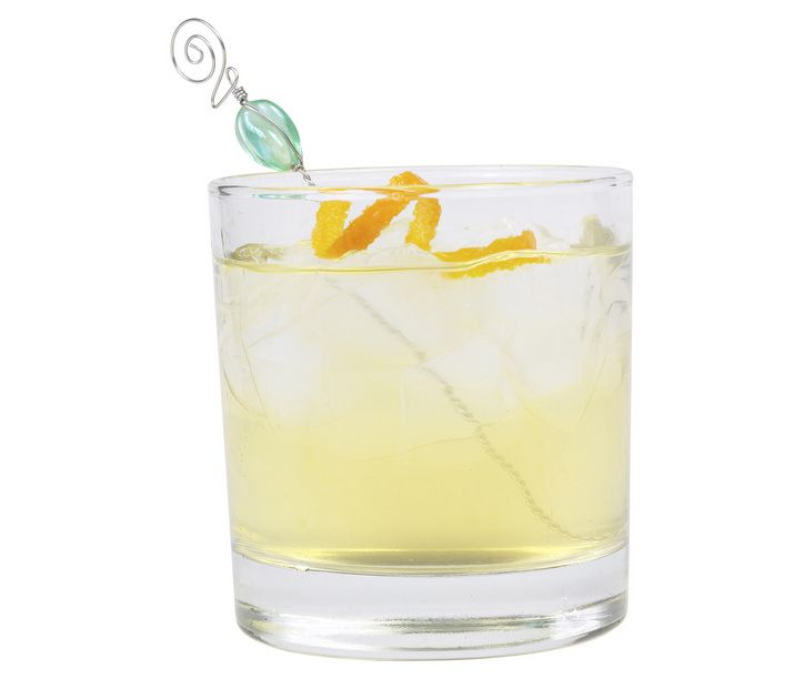 """10 best low calorie cocktails"" -- vanilla vodka and diet ginger ale"