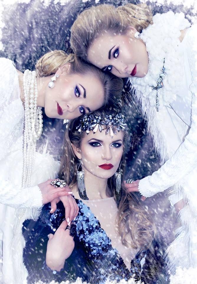 Queen Snow / winter / white / photos / photo shoots