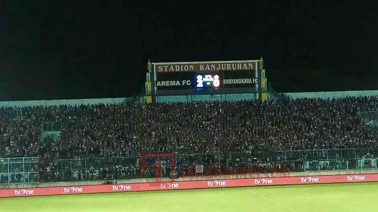 Menang Perdana Di Kandang, Pino Sumbang Assist - Laga yang berlangsung antara Arema FC kontra Bhayangkara FC di Stadion Kanjuruan ini langsung menghadirkan drama panas sejak menit awal  - https://satuchannel.com/menang-perdana-di-kandang-pino-sumbang-assist/