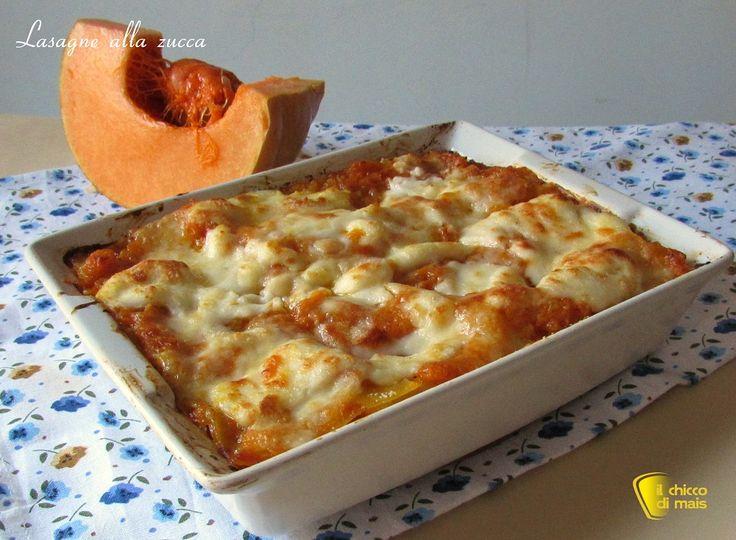 Lasagne alla zucca (ricetta vegetariana). Ricetta facile per preparare un primo piatto raffinato ma economico, perfetto anche per Natale o la vigilia