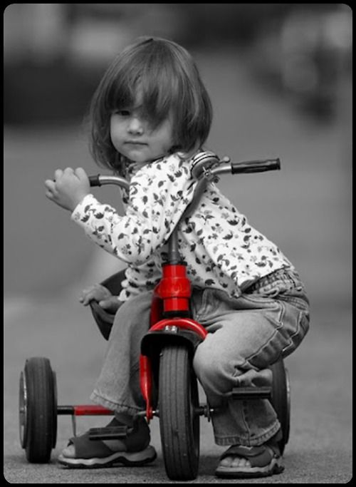 b with red tricycle...so cute.