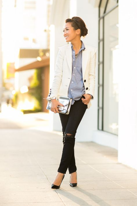 Casual Friday :: Soft chambray & Destructed jeans : Wendy's Lookbook... Minus the destructed jeans, plain skinny black jeans