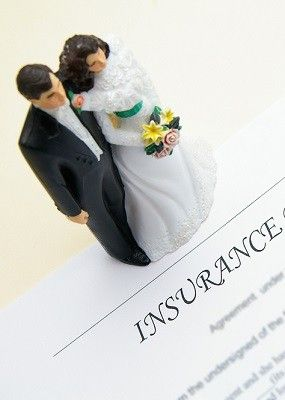 Do take out wedding insurance. Hopefully Mother Nature will cooperate on your big day, but the winter months can bring snow, ice and sleet with it. Don't risk losing money if your wedding needs to be delayed because of a blizzard. Talk to your insurance agent about covering your wedding expenses so there will be no issue if you need to move it to another day.