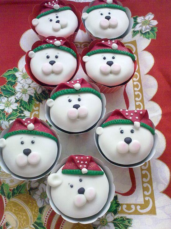 Polar Bear Christmas Cupcakes ... so cute!