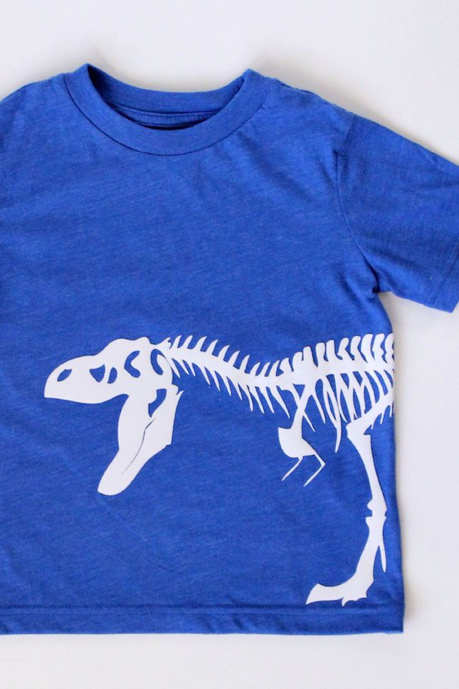 DIY Flocked Dinosaur Tshirt using Heat Transfer and your Silhouette Portrait or CAMEO