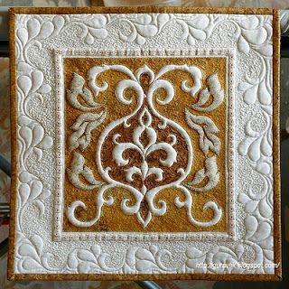 Tutorial plus videos to make this quilt. trapunto, quiltingArt Quilt, Trapunto Quilt, Quilt Block, Аппликация Трапунто, Обратная Аппликация, Beautiful Quilt, Техники Обратная, Appliques Trapunto, Quilt Tutorials