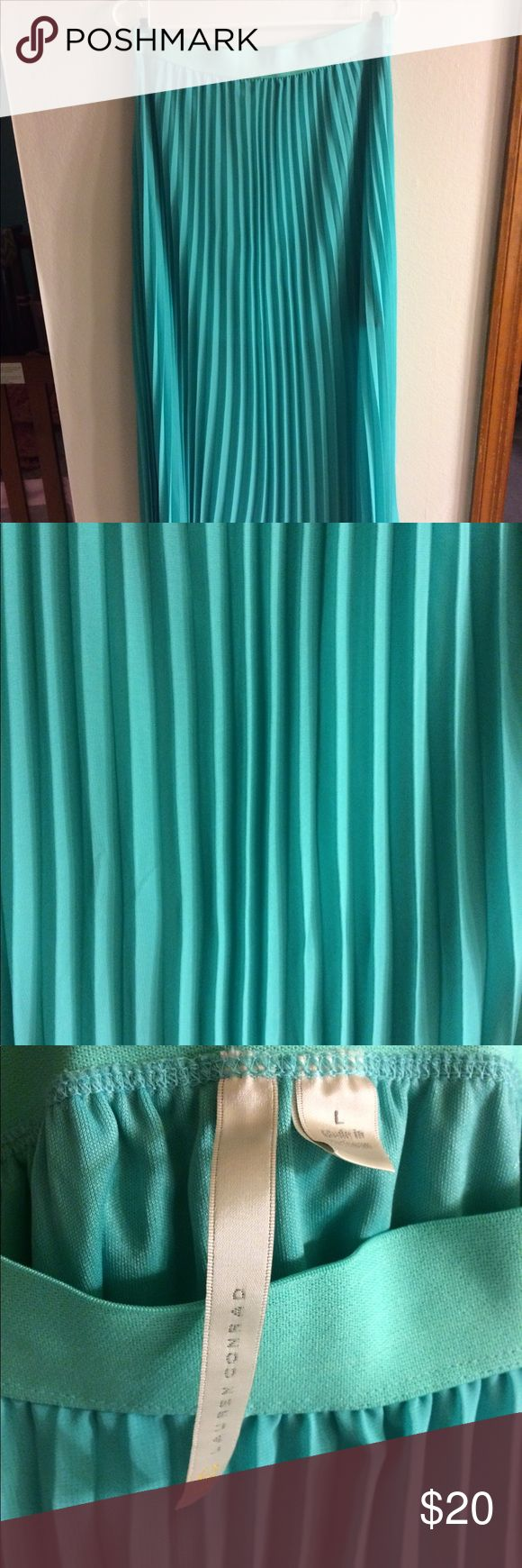 Lauren Conrad Maxi Skirt Lauren Conrad Chiffon Teal Maxi Skirt Size Large! Like new! Beautiful pleating and flow! LC Lauren Conrad Skirts Maxi